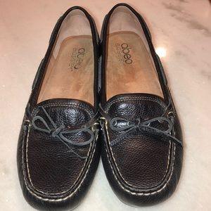 ABEO black leather flats sz 9N
